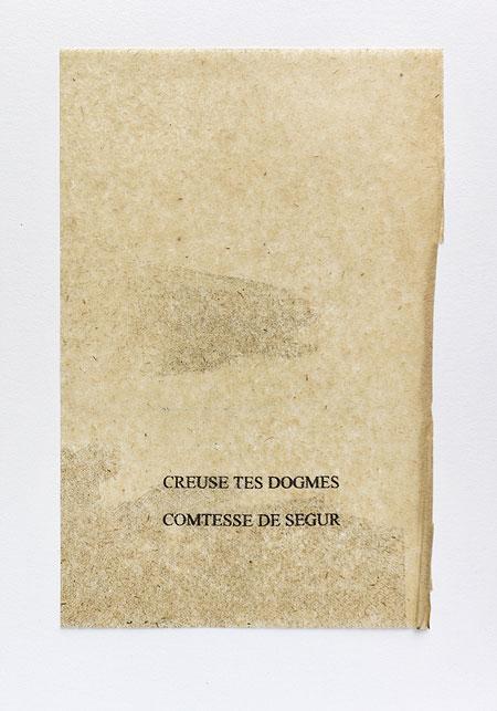 Ségur. Anagramme, papier de soie. Photographie: Jacky Lecouturier