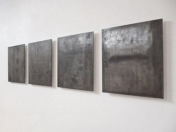 Feuilles de plomb. Bureau d'architecture Anne Courtois, Liège. Novembre - Décembre 2012. Photographie: Emmanuel Dundic