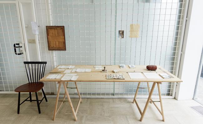 Sans titre. Vue partielle de l'installation. Amollir Molloy, Galerie Flux, Liège. Septembre 2018. Photographie: Alain Janssens